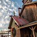 Christmas Barn On The Lake by Steven Jones