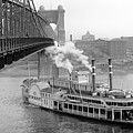 Cincinnati Suspension Bridge and Steamboat 1906 BW