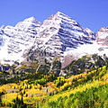 Classic Maroon Bells by Marilyn Hunt