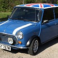 Classic Mini Cooper by Bruce Yeomans