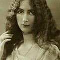 Cleo De Merode by Unknown