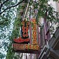 Coyote Ugly Saloon Nashville by Susanne Van Hulst