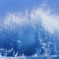 Crashing On Shore by Vince Cavataio - Printscapes