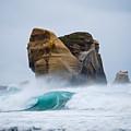 Crashing Wave by Cesar Marino