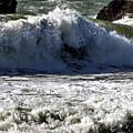 Crashing Waves At Goat Rock by Richard Thomas