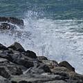 Crashing Waves by Barry Leggett