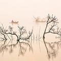 Dai Ninh Lake, Vietname by Peter Pham