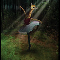 Dancing Giraffe by Valerie VDL