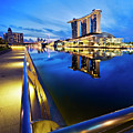 Dawn At Marina Bay Promenade Singapore by Ng Hock How