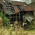 Dilapidated Barn Morgan County Kentucky by Douglas Barnett
