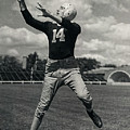 Don Hutson Of The Green Bay Packers by Doc Braham