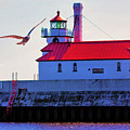 Duluth Lighthouse by Kristin Elmquist