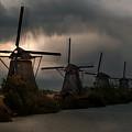 Dutch Windmills In Kinderdjik by Jaroslaw Blaminsky