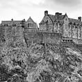 Edinburgh Castle Bw by Chuck Kuhn