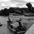 El Lago De Retiro by Lindsey Orlando