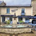 Escalier Saint Pierre Restaurant by Dave Mills