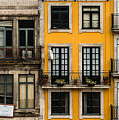 Facades Of Porto by Jan Komsta