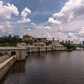 Fairmount Water Works And Philadelphia Museum Of Art by Terry DeLuco