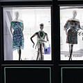 Fashionistas by Amanda Barcon