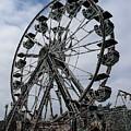 Ferris Wheel by Ron Bissett