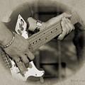 Finger Pickin' Good 7 by Kae Cheatham