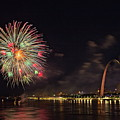 Fireworks At The Arch by Rau Imaging