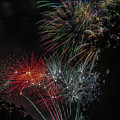 Fireworks 6 by Jerry Gammon