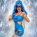 Flashing. Dance With Gold Chain by Sofia Metal Queen