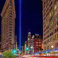 Flatiron Nyc 911 Tribute In Light by Susan Candelario