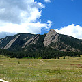 Flatirons Panorama by Thomas Marchessault