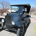 Ford Model T by Frederick Holiday