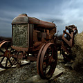 Fordson Tractor by Yo Pedro
