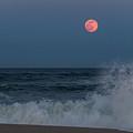 Full Moon Splash Seaside Nj by Terry DeLuco