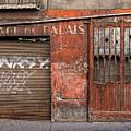 Garage Du Palais by Gary Karlsen