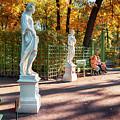 garden by autumn in St-Petersburg by Ariadna De Raadt