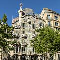 Casa Batillo - Gaudi Designed  - Barcelona Spain by Jon Berghoff