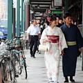 Gion Stroll by Shaun Pang