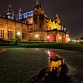 Glasgow Kelvingrove Art Gallery by Grant Glendinning