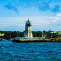 Goat Island Light House by Jasmin Hrnjic