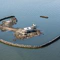 Goose Island Close by Louis Vaccaro