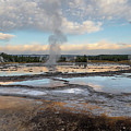 Great Fountain Geyser by Ronnie and Frances Howard