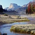 Green River, Frosty Morning by Daryl L Hunter