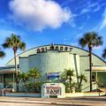 Gulfport Casino by Tammy Wetzel