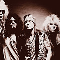 Guns N' Roses - Band Portrait 02 by Andrea Mazzocchetti