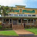 Haliimaile General Store by Jim Thompson