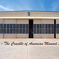 Hangar S - Crucible Of American Manned Spaceflight by Gordon Elwell
