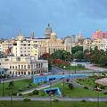 Havana Vieja by Arthur Dodd