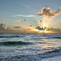 Hawaii Sunrise by Robert Ponzoni