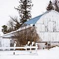 Henrickson Barn by Lori Dobbs