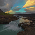 Hidden Icelandic Waterfall by Nicholas Palmieri